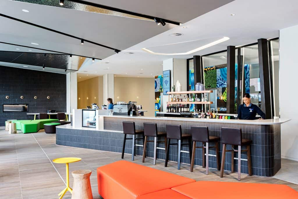Holiday Inn Express Interior Photography